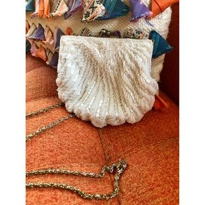 🌼NEW TO CLOSET🌼 Vtg  Beaded cross body purse